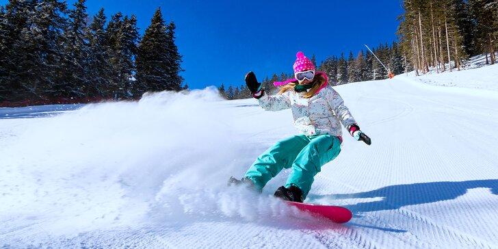 Parádní lyžovačka v Itálii: Ubytování s polopenzí, autobusová doprava i skipas