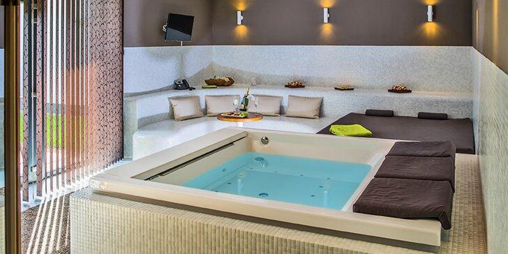 Privátní SPA pro 2 s vířivkou, saunou, sektem i celotělovou masáží