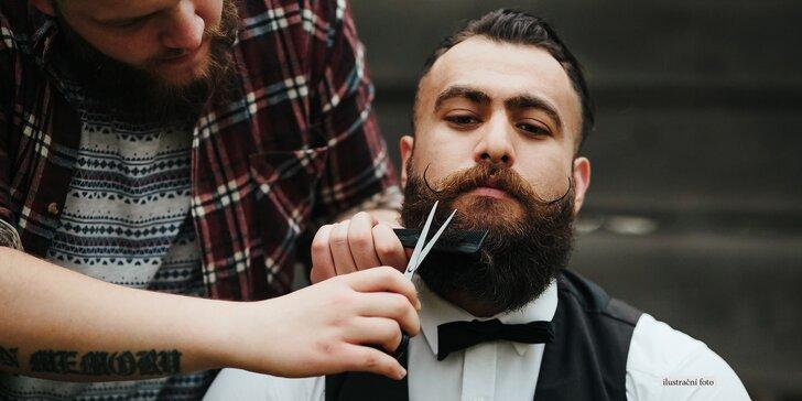 Pro pány, co o sebe dbají: Profi úprava vousů a účesu v pravém barber shopu