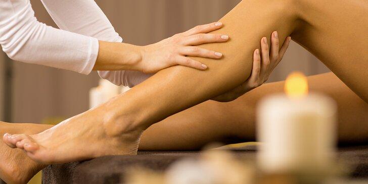 Báječné hýčkání pro vaše nohy: 50minutová sportovní masáž