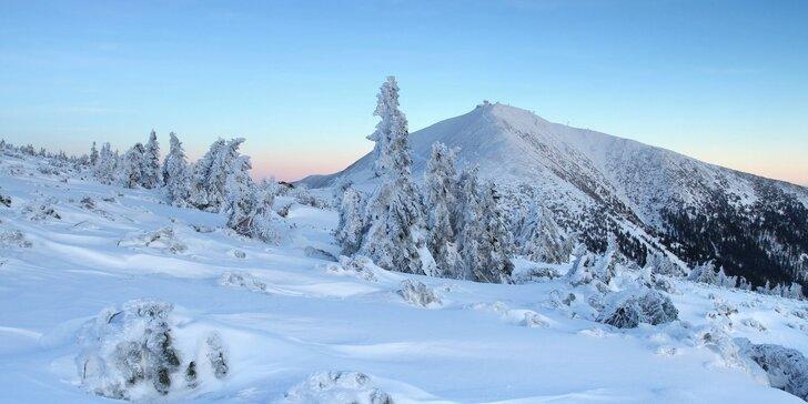 Zima pro pravé horaly: Roubená chalupa v Peci pod Sněžkou