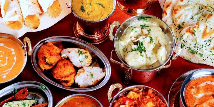 Indické pochoutky z nabídky restaurace Golden Tikka v hodnotě 600 Kč