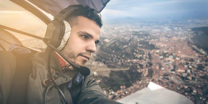 Vyhlídkový let motorovým kluzákem nad Lichnicí a nádrží Seč