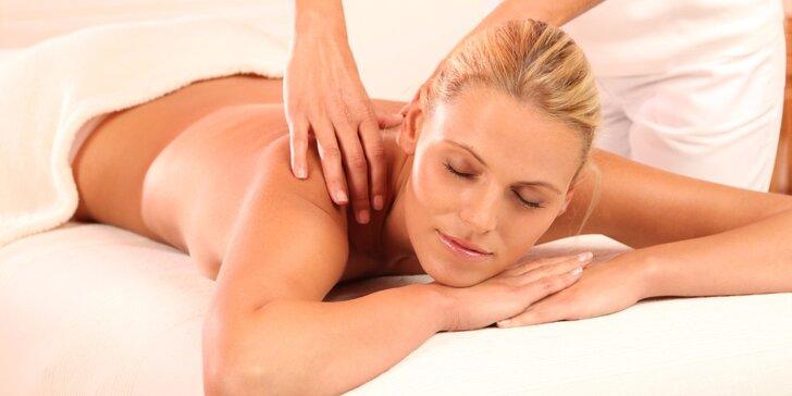 90minutová zdravotní celotělová masáž včetně plosky nohou