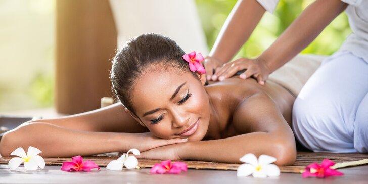 Hřejivá masáž v pošmourném dni: 60minutová thajská relaxace ve 3 verzích