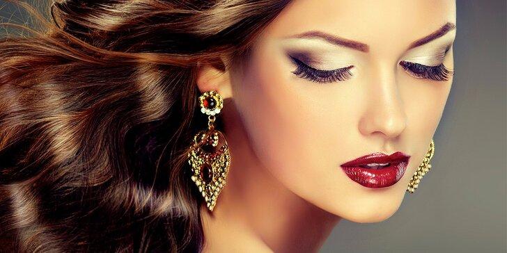 Dokonalá tvář: Permanentní make-up očních linek, obočí či rtů