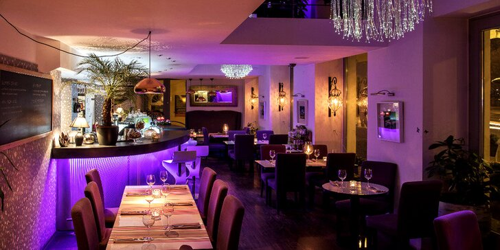 Hodování v restaurantu u Vltavy: Dárkový poukaz na konzumaci vč. nápojů