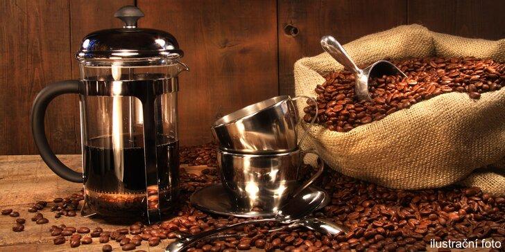 Potěší milovníky kávy: 5 druhů Dak Lak Coffee, french press a šálek s podšálkem