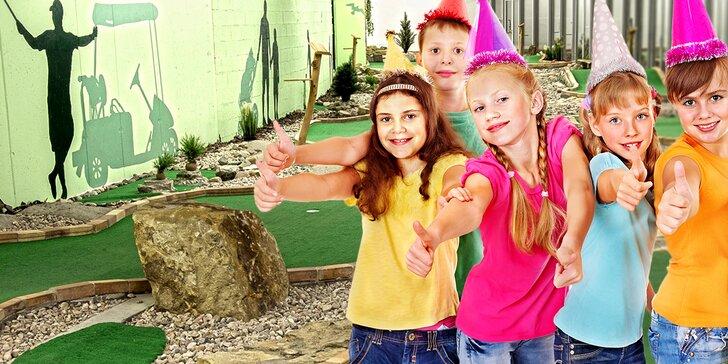 Narozeninová oslava pro 10 dětí: Minigolfový turnaj s trenérem a pizzy