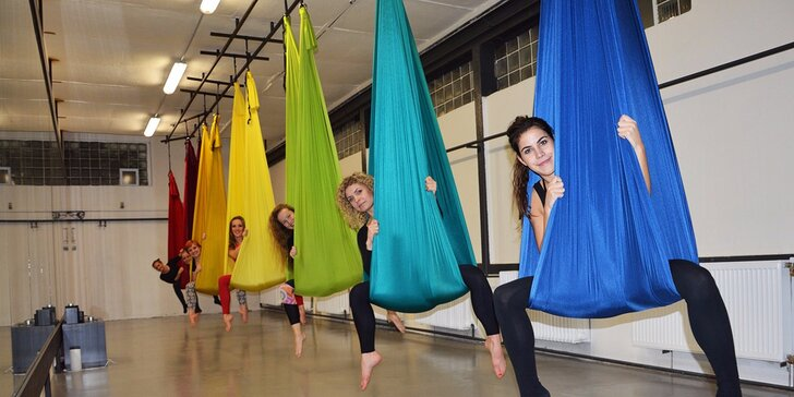 Létací jóga, Pole dance a Aerial Hoop lekce v Airku