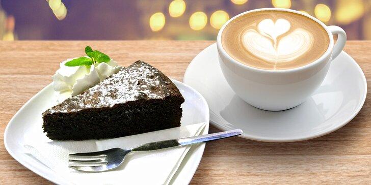 V dobré společnosti: Dárkový poukaz do kočičí kavárny v hodnotě 200 Kč