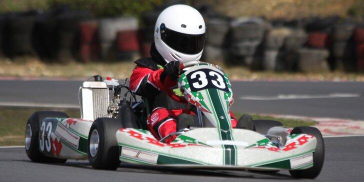 Nesmazatelný zážitek z rychlosti: Jízda v závodním motokárovém supersportu