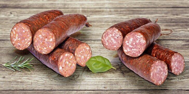 Ochutnejte uzenářské delikatesy: Salámy se srnčím nebo kančím masem