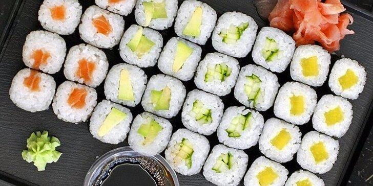 Fantastické sushi sety v Anawa Running Sushi pro jednoho či dva jedlíky