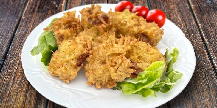 Dokřupava smažené kuřecí maso v bramborovém těstíčku