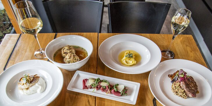 Degustační menu v Garden restaurant Miminoo a vstup na vyhlídku Žižkovské věže