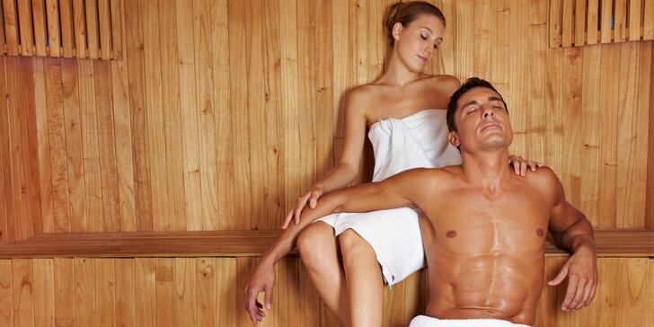 Zimní hýčkání na vlnách Vltavy: Wellness, masáž a sekt pro 2 pohodáře