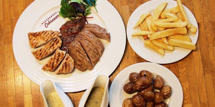 Bohaté masové menu pro dva - 550 g grilovaných steaků s přílohou v Holešově