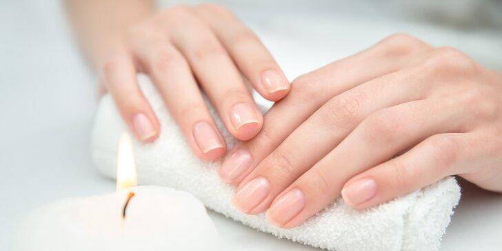 Balíček péče o ruce a nehty vč. masáže rukou ve Studiu LOOK
