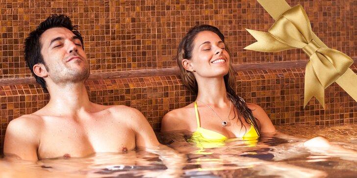 Relax mezi bublinkami: Hodina v privátní hydromasážní vaně až pro 3 pohodáře