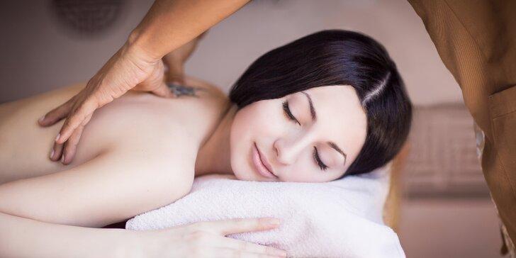 70 minut masáže s prohřívací lávovou terapií