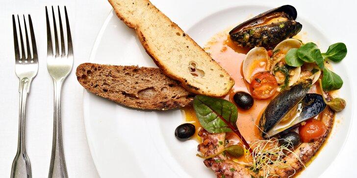 Středomořské menu pro dva: ravioli, chobotnice, treska, pikantní dezert i víno