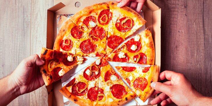 Do 90 minut hodujete: 2 křupavé pizzy dle výběru, které vám doručí až domů