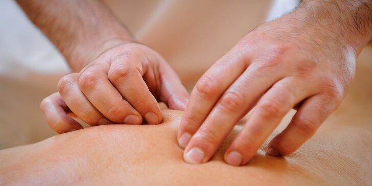 Když ruce konají za jiné smysly: Relaxační masáž od nevidomého maséra
