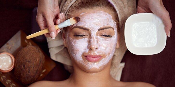 Luxusní HydroPeptidové ošetření obličeje a dekoltu pro omlazení pokožky