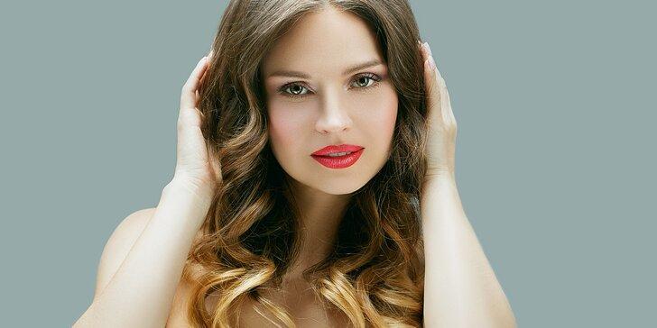 Dodejte svému účesu šmrnc zesvětlením délek nebo konečků vlasů