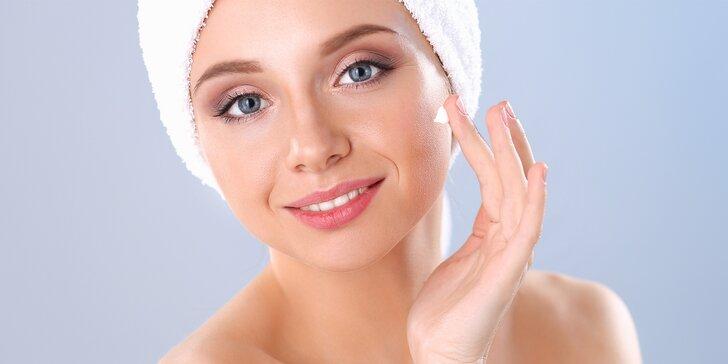 Kosmetické ošetření s alginátovou maskou