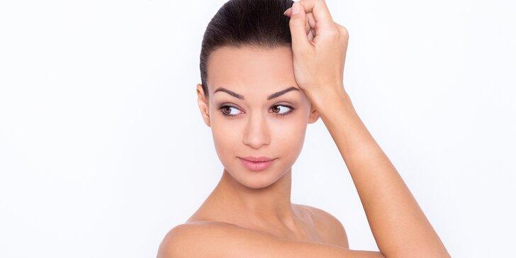 Kompletní kosmetické ošetření s peelingem vč. masáže a úpravy obočí
