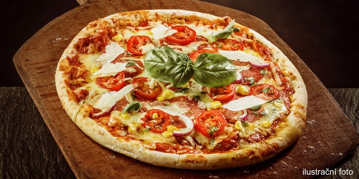 Večeře jako od italské maminky - 2 libovolné pizzy o průměru 32 cm v srdci Brna