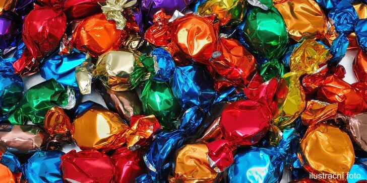 500 gramů lahodných oříškových bonbonů z hořké čokolády