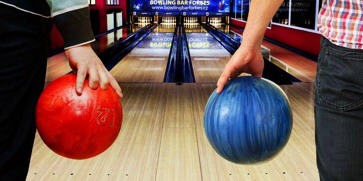 Všechny kuželky musí k zemi: dvě hodiny bowlingu pro 2 až 6 hráčů