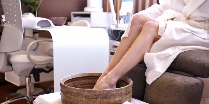 Profesionální pedikúra vč. zábalu z arganového oleje: vhodné pro suché nohy