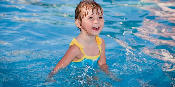 Pronájem bazénu s teplou slanou vodou až pro 4 dospělé a 2 děti
