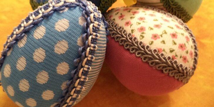 Kreativní dílna: Velikonoční vajíčko formou nešitého patchworku