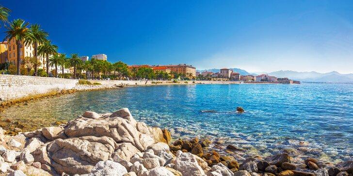 Divoká Korsika: Poznejte perlu Středomoří, ubytování u překrásné písečné pláže
