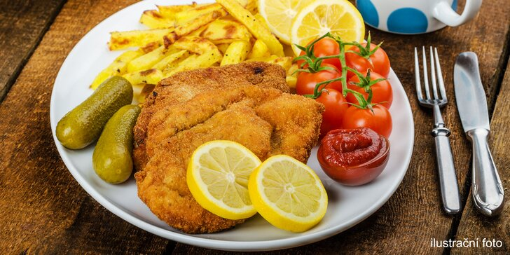 Poctivý kuřecí či vepřový řízek s libovolnou přílohou v restauraci Pod Jasanem