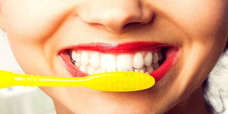 Dentální hygiena: vyšetření, odstranění kamene i pigmentace a leštění zubů