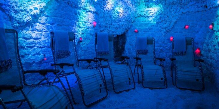 Odpočinek v solné jeskyni - vstup nebo permanentka pro 1 dospělého a dítě
