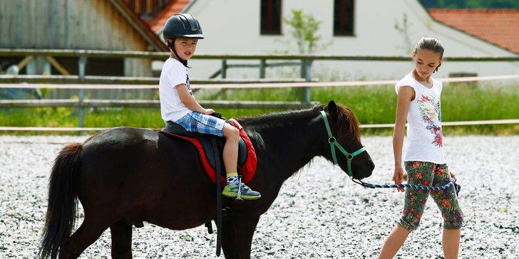 Hurá za zvířátky: Rodinný pobyt na Farmě Blaník s programem plným zážitků