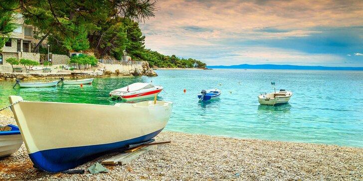 Sbalte si plavky, jedete k moři: Báječný týden v letovisku Makarska s polopenzí