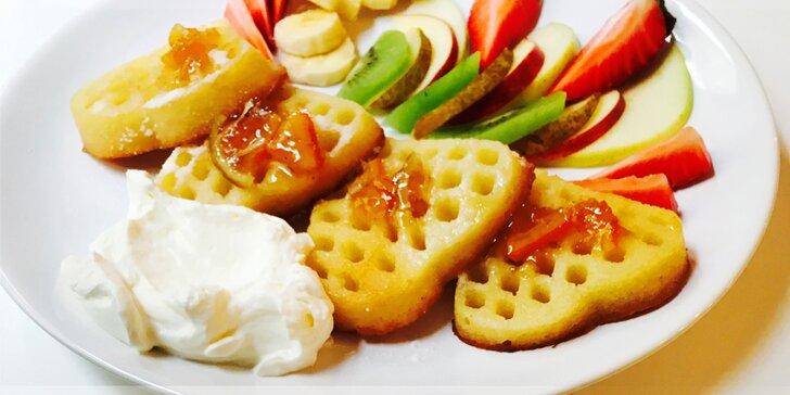 Příběh jednoho dokonalého rána: Poctivá snídaně nebo brunch uprostřed Žižkova