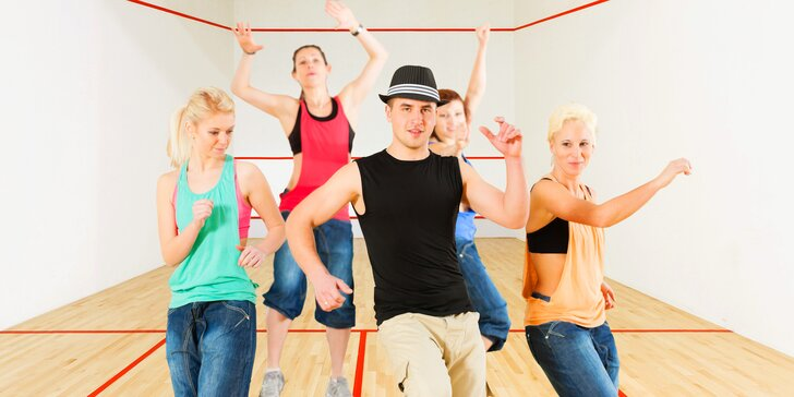 Tancem k dokonalé postavě i dobré náladě: 5 lekcí latino fitness dance pro ženy