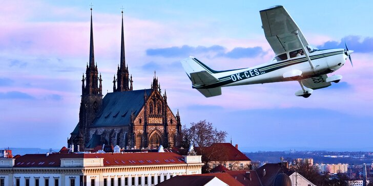 Vládce oblohy: Na 25 minut pilotem přímo nad Brnem