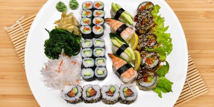 Sushi sety plné japonských pochoutek: 29 nebo 39 kusů a vše, co k nim patří