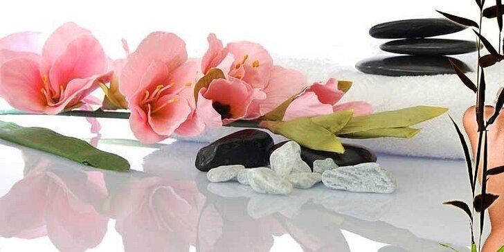 Exkluzivní masáž orientálním olejem se závěrečným zábalem a prohřátím lávovými kameny