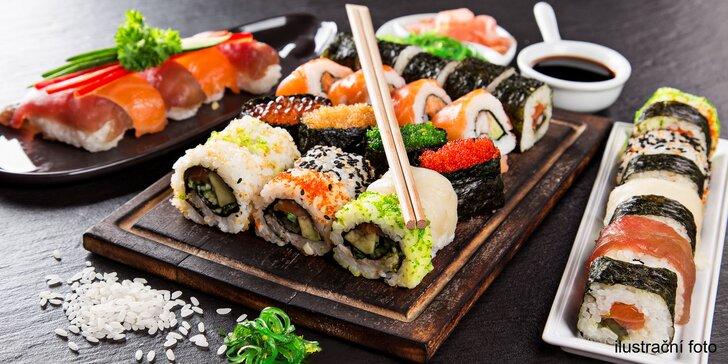 Vyzvedněte si svůj sushi set: výběr ze 4 menu s rolkami i polévkami
